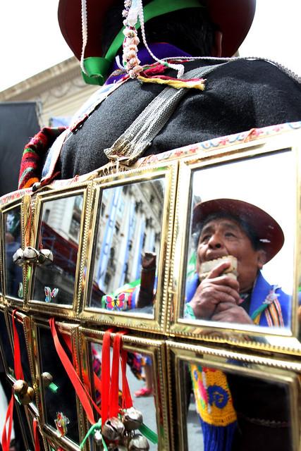 Desfile de integración Cultural Bolivia Argentina