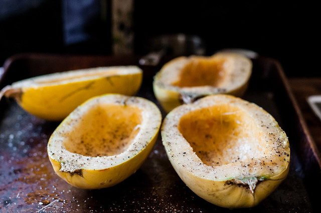 Spaghetti squash for lentils and cheese boats
