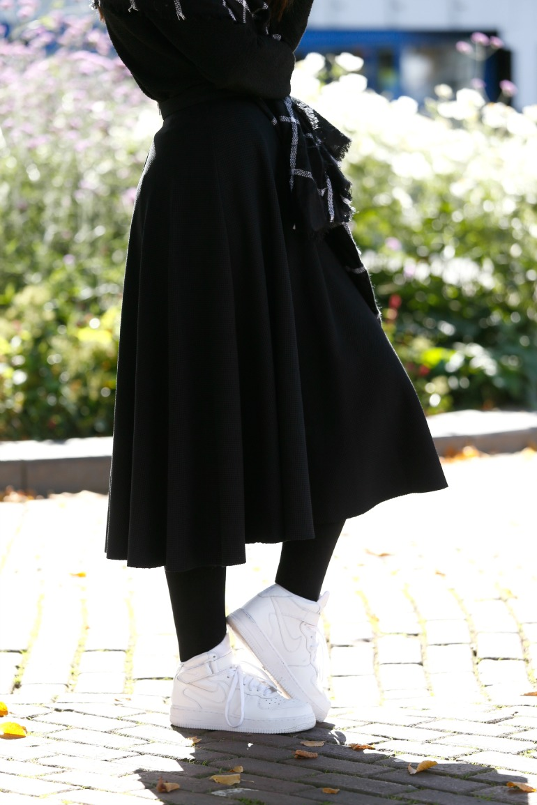 zwarte rok midi