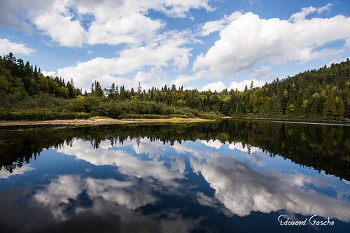 canada nature eau lac ciel québec nuages foret arbre amérique shawinigan