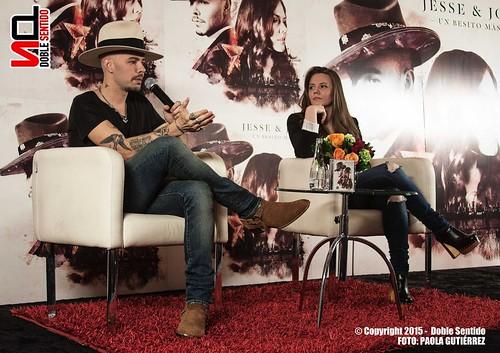 """Rueda de Prensa Jesse & Joy - """"Un Besito Más"""""""