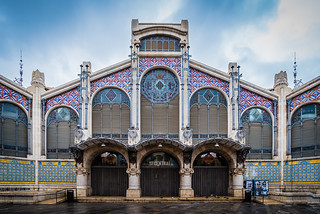 Kuva Central Market. valencia spain travel europe market central sky simmetry simmetric facade colors texture lucaflorio