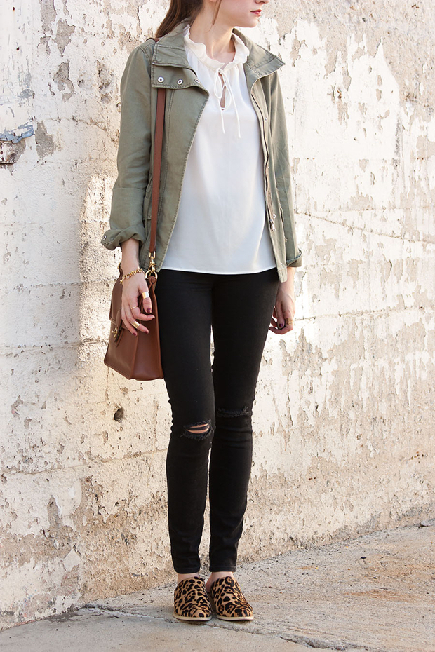 Black Ripped Skinny Jeans, Leopard Mules, H&M Cargo Jacket, Coach Bag