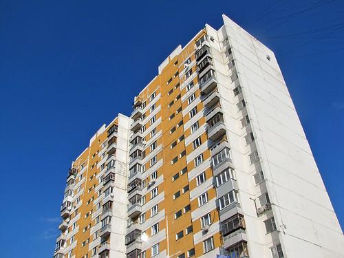 Полуторагодовалый ребенок выжил после падения с 13 этажа