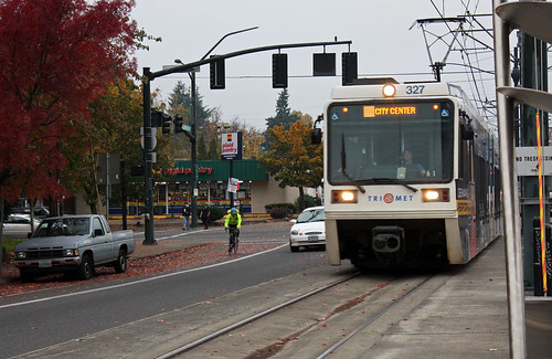 TriMet #327, Yellow Line, N Prescott station.  Portland Oregon, November 4 2015.