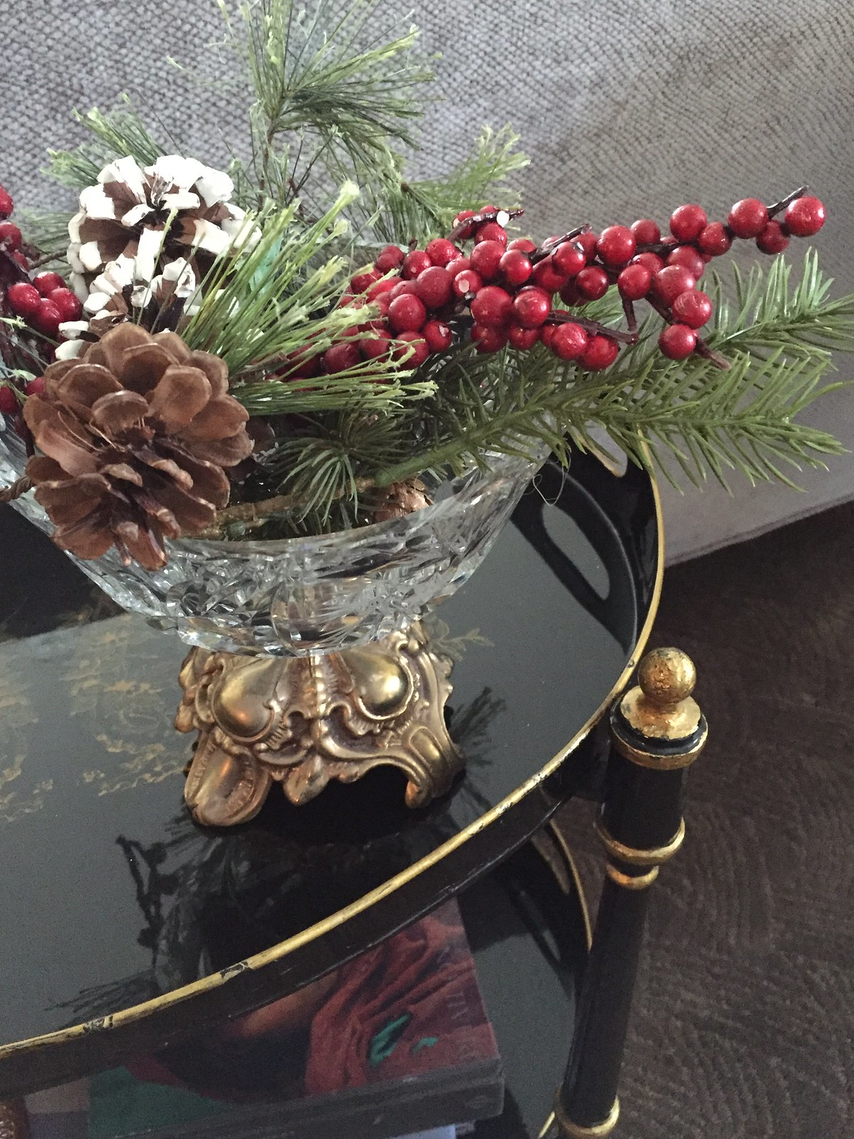 Easy Christmas arrangement in a small pedestal bowl