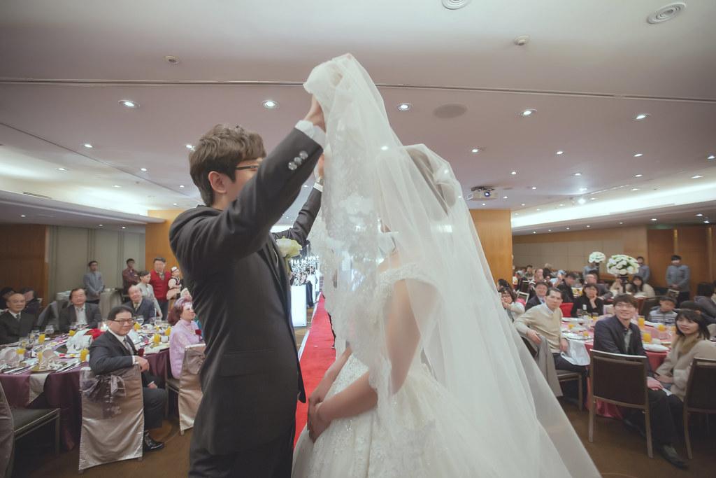 20150228六福皇宮婚禮記錄婚攝 (279)