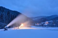 Ski areál Razula ve Velkých Karlovicích začal zasněžovat sjezdovky