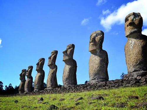 Estatuas-de-la-Isla-de-Pascua