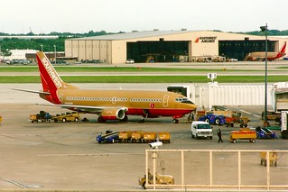 Southwest Airlines Boeing 737 -300 Houston Hobby Intl. 2002-10-AI-5-00
