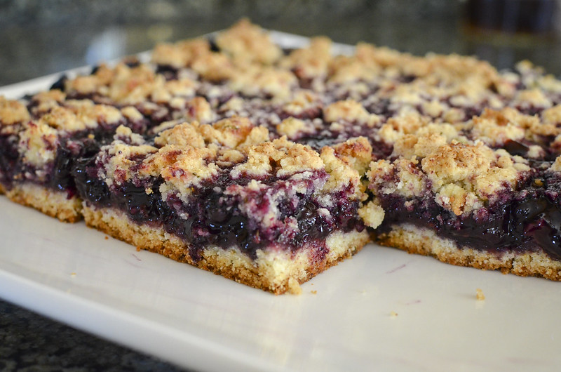 blueberry crumb bars w lemon rosemary crust_023_T