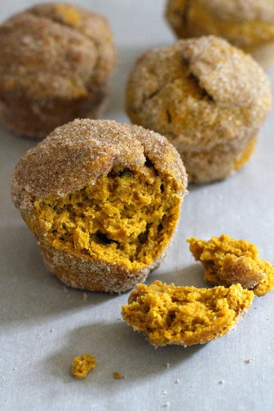 Pumpkin Chai Doughnut Muffins | girlversusdough.com @girlversusdough #baking #recipe #fall #breakfast