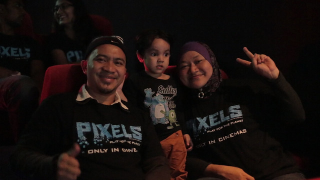 Movie Lovers watching exclusive  screening of PIXELS at TGV Cinemas D'Pulze