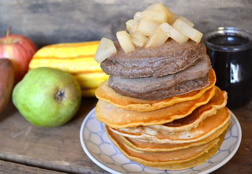 Pancake-Stack-with-Fruit