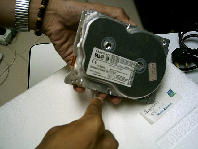 Hard disk drive and uncle 27th