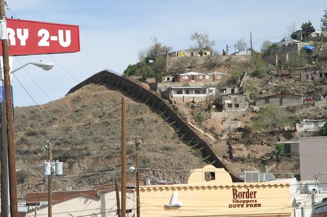 Arizona/Mexico border | Flickr - Photo Sharing!