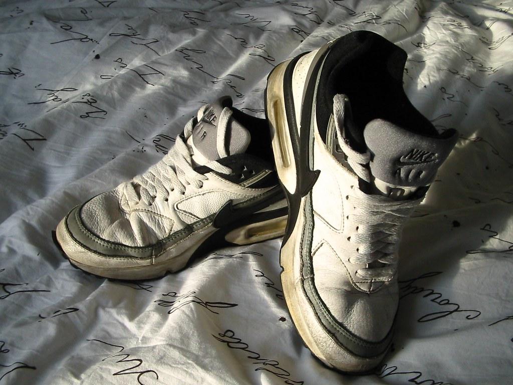 Cloth Shoes Nike