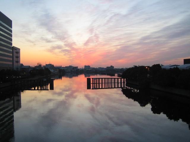 Sunrise at Shin Kiba, Canon IXY DIGITAL 50
