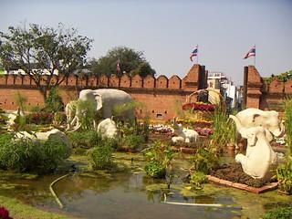 Image of  Tha Phae Gate. geotagged thailand chiangmai thailand2005 geo:lat=1879lon9899