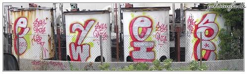 Eyes Owie by j.lode