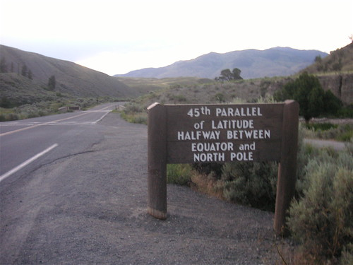 45th Parallel Signage