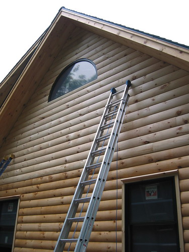 Ferdinand hickson log siding vinyl siding for Log vinyl siding pictures