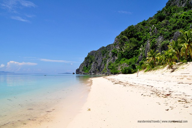 Fine White Sand Black Island Busuanga