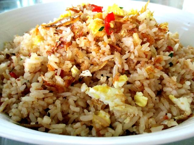 Cincaluk fried rice with bubuk
