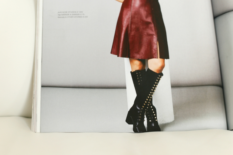Fockeline in Leather Lace Up Boots, & Other Stories Lace Up Boots, fashion blogger, fashion is a party, LINDA. magazine, Fockeline Ouwerkerk, knielaarzen, leren laarzen, damesschoenen, fashion is a party, fashion blogger, winterlaarzen, lace up boots