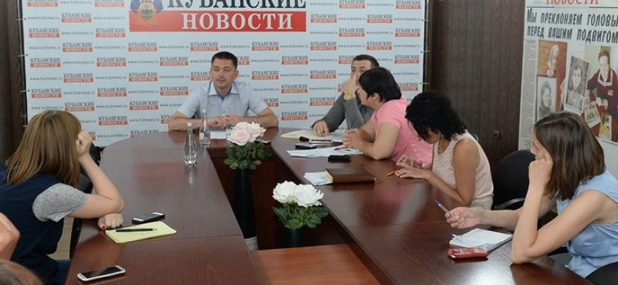 """Министр курортов и туризма ответил на вопросы журналистов газеты """"Кубанские новости"""""""