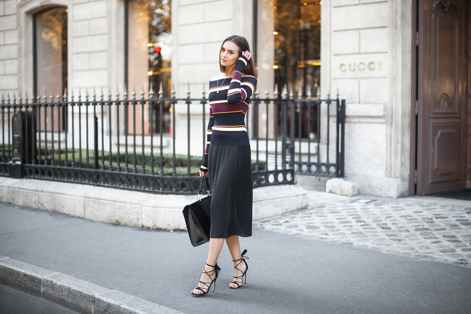 striped-knits-70s-trend-outfit-street-style