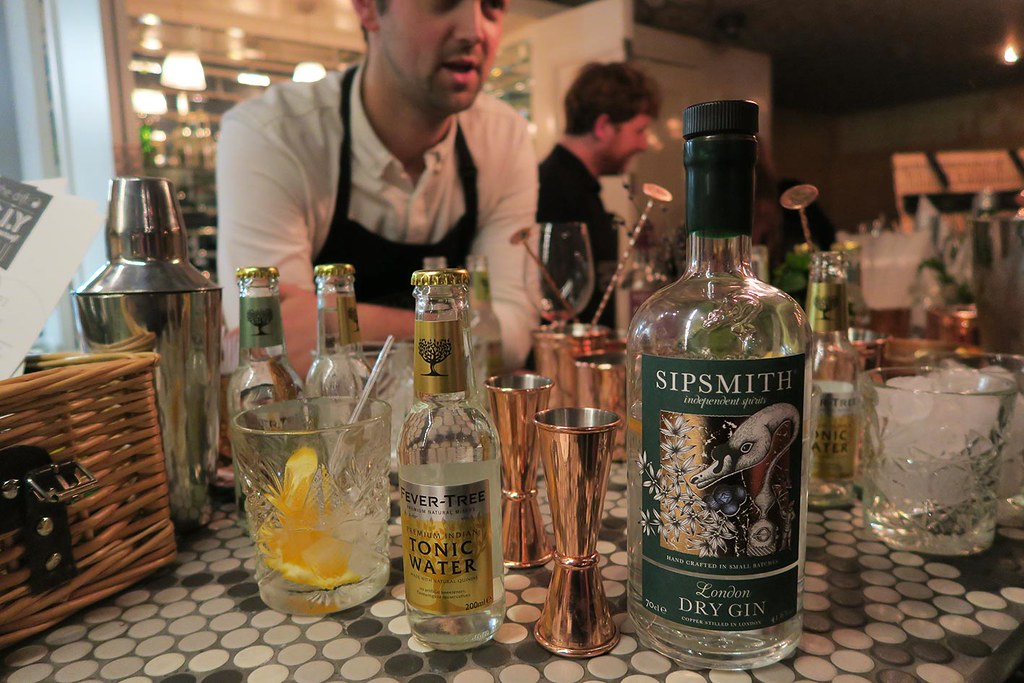 sipsmith-gin-at-the-drift-mixology-class