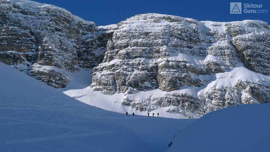 Puezspitze, Puez-Gisler, Dolomiten, Italia, http://skitourguru.com/tura/17-puezspitze-day-2-h-r-dolomiten-sudtirol