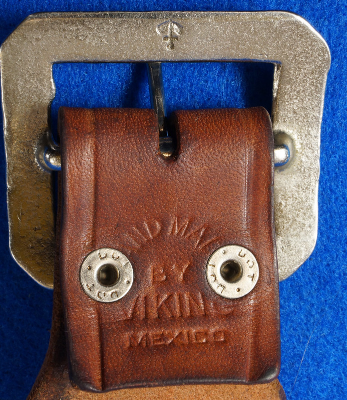 RD15060 Vintage Hand Made By Viking Mexican Leather Gun Ammo Belt .22L 7012 43 inch Long DSC07343