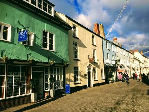Nevill St, Abergavenny, Wales (Dickie-Dai-Do)