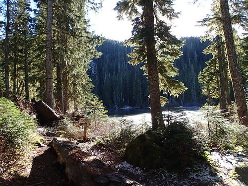 usa lake snow sign washington nationalpark unitedstates hiking staircase wilderness olympicnationalpark flapjacklakes flapjacklakestrail