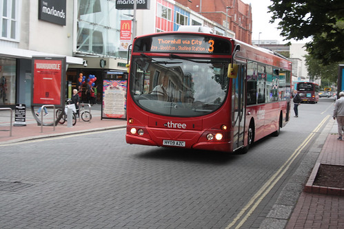 First Hampshire and Dorset 69394 HY09AZC