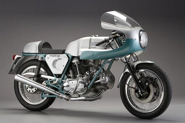 Мотоцикл Ducati Supersport 750
