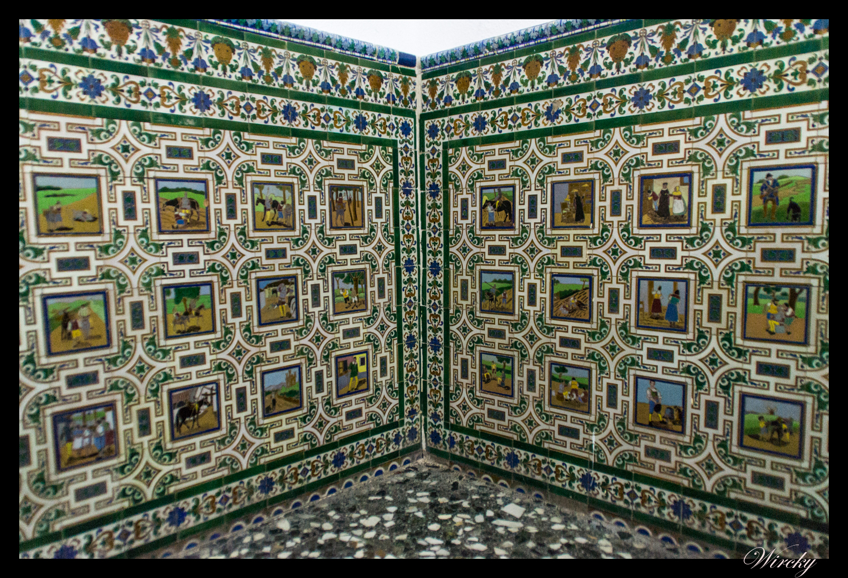 Tras las huellas de cervantes en alc zar de san juan los for Azulejos jerez de la frontera