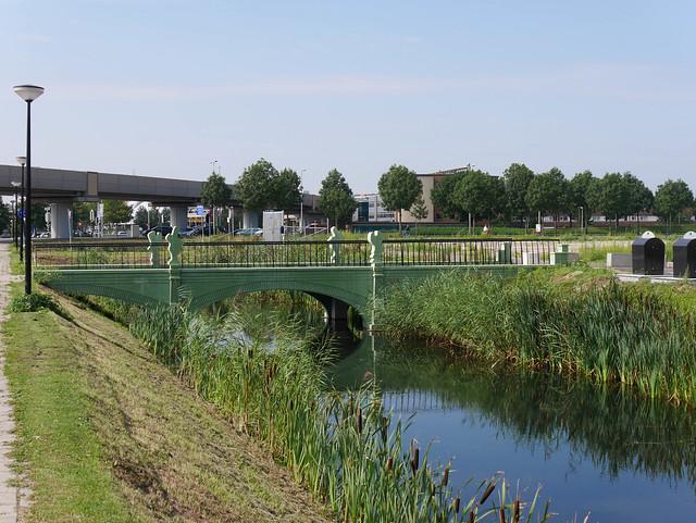 100 Euro Bridge in Spijkenisse