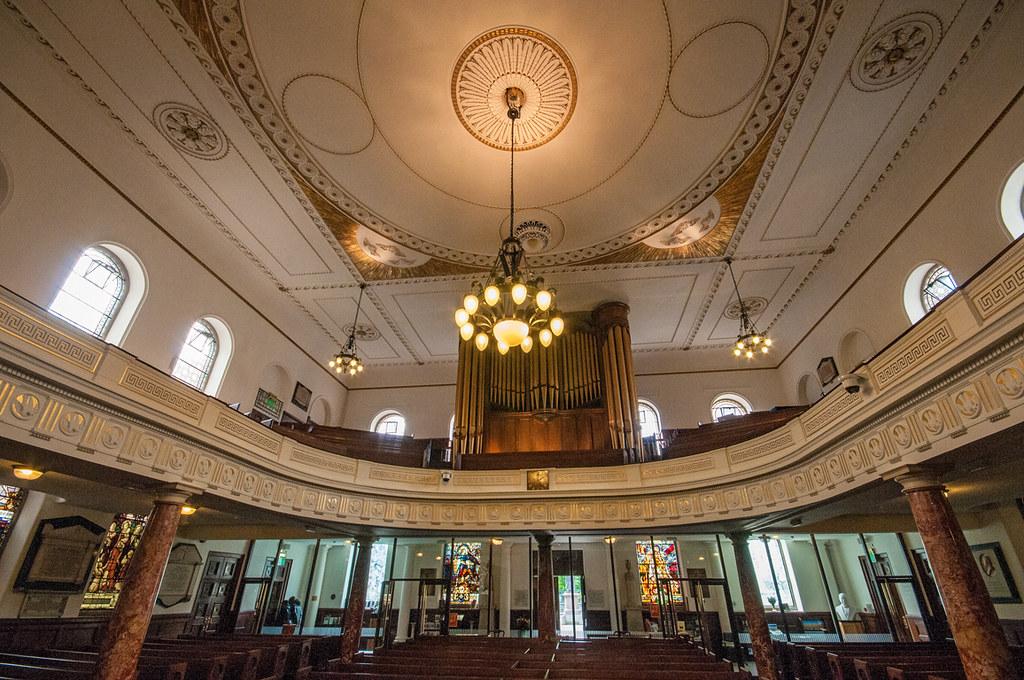 Wesleys Chapel - interior rear
