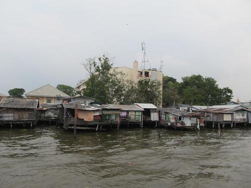 Bangkok: maisons sur pilotis