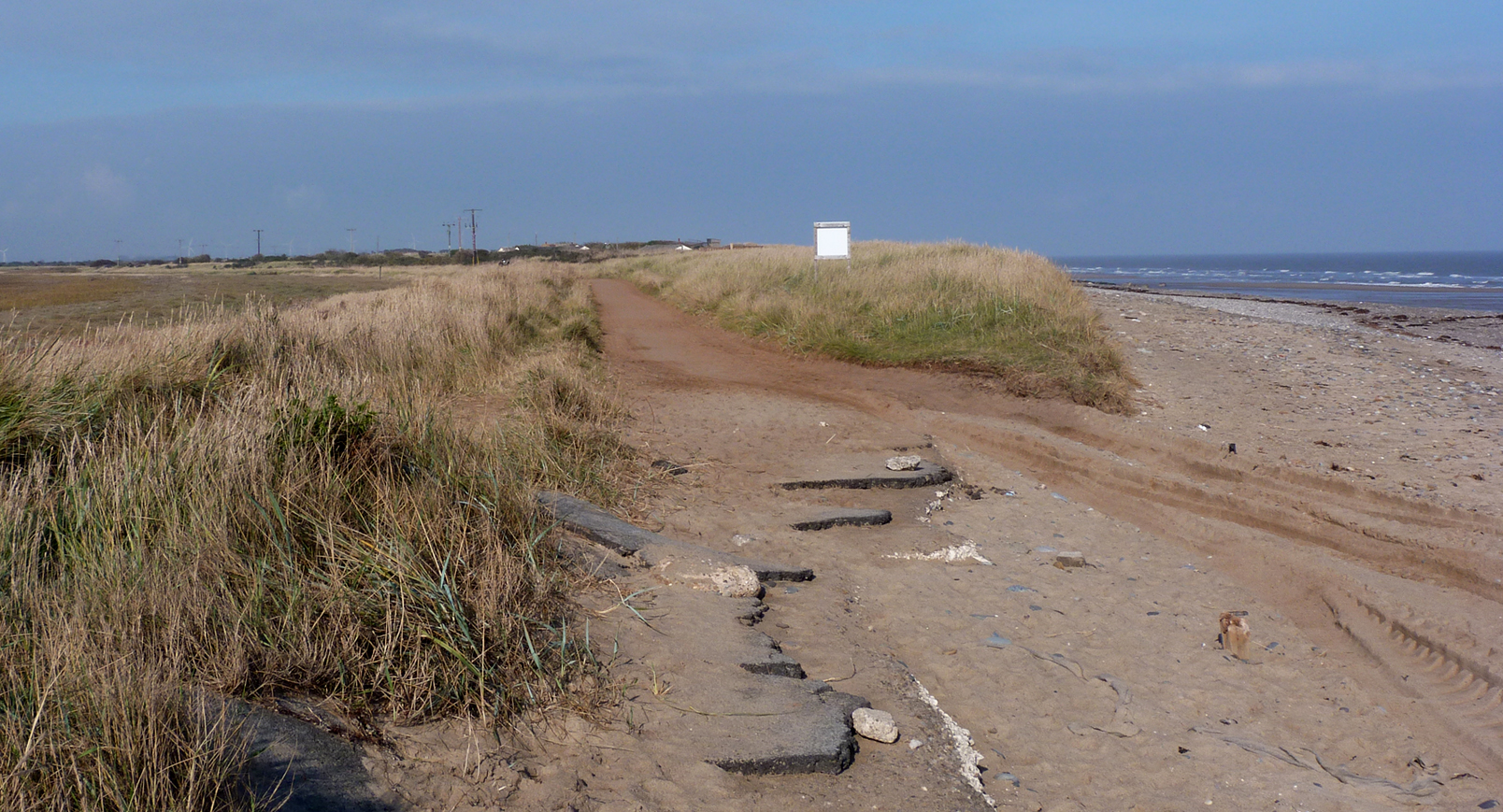 Spurn breach2 26Oct15