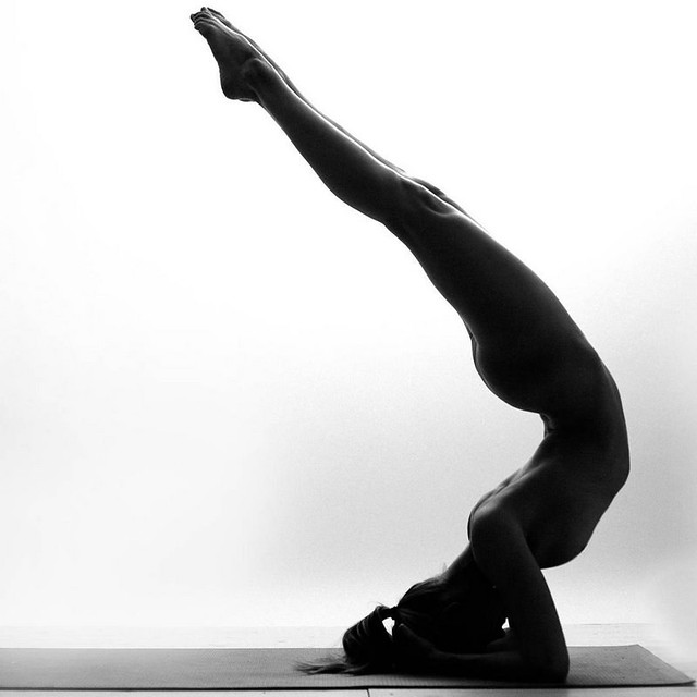 instagram-yoga-girl-flexible-body-11