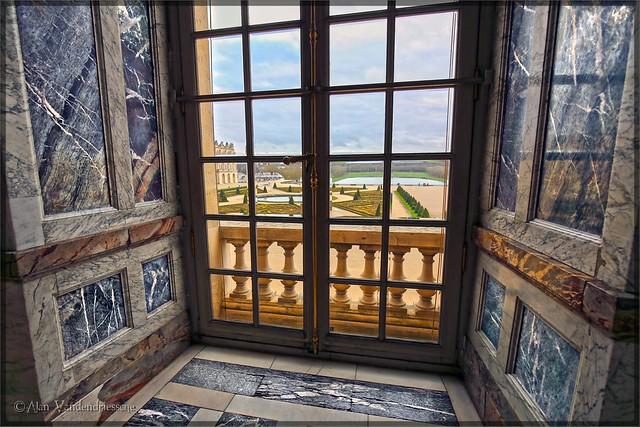 Versailles & Garden of Delight