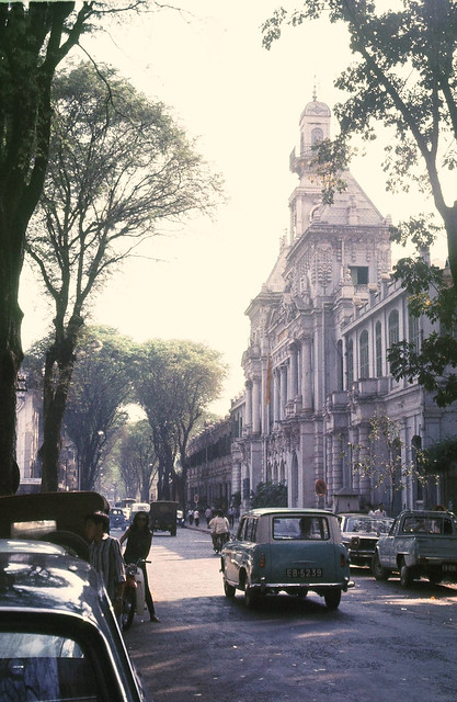 SAIGON 1967-68 - City Hall - Photo by Peter Stevens