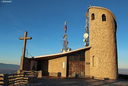 La Ermita y las antenas