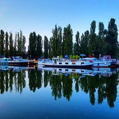 The lovely boats in Saverne France! #upsticksandgo #boats #saverne #travel #europeanroadtrip #michfrost #exploring #instagood #instatravel #instatourist #france - Photo of Vilsberg