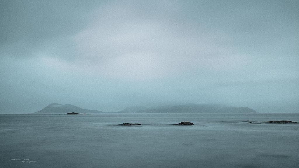 Ao lonxe o mar...