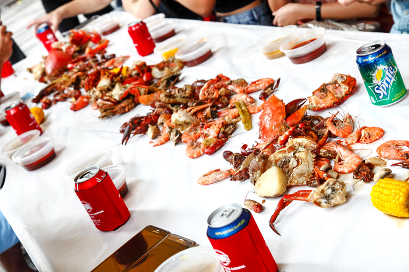 Table-of-Seafood